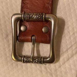 Fossil brown belt size M